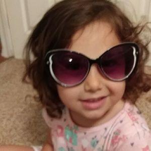 Betsey Johnson Accessories - EUC ! Betsey johnson sunglasses